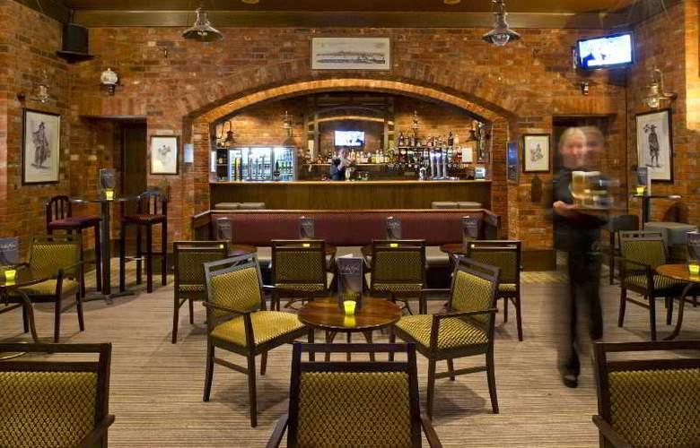 Croydon Park - Bar - 11