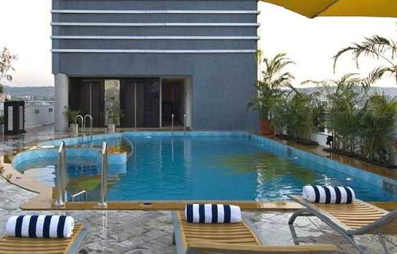 Seasons Aundh - Pool - 3