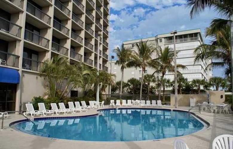 Hampton Inn Cocoa Beach - Hotel - 7