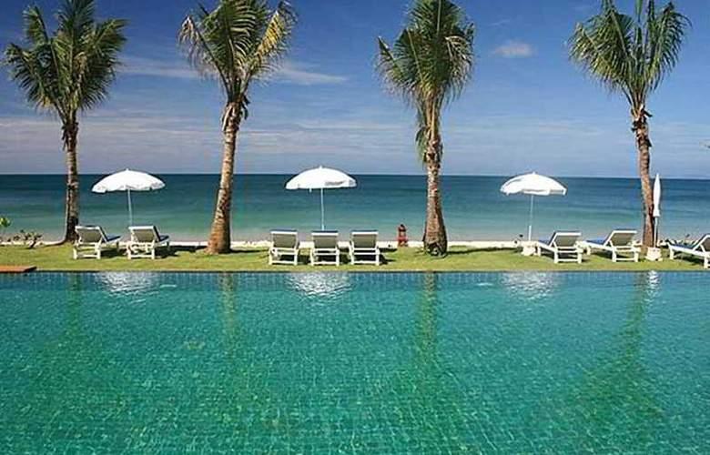 Lanta Casuarina Beach Resort - Pool - 7