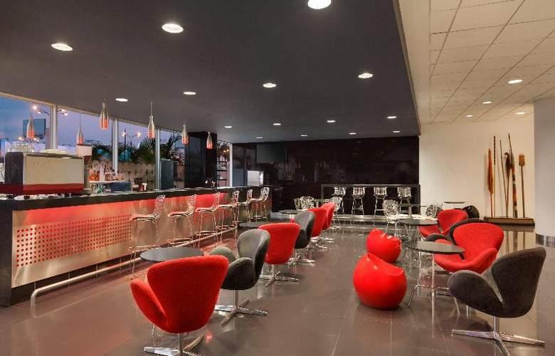 Costa del Sol Wyndham Lima Airport - Bar - 25