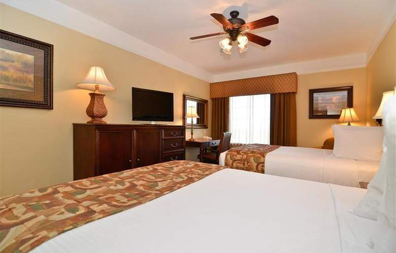 Best Western Plus Monica Royale Inn & Suites - Room - 104