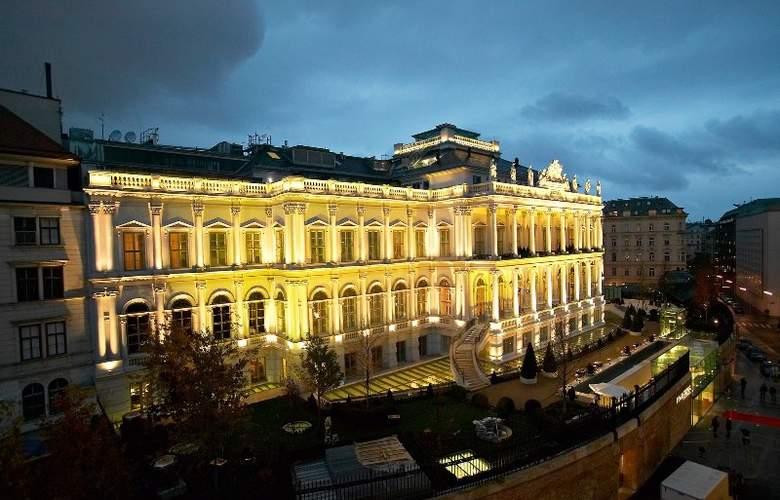 Palais Coburg - General - 1