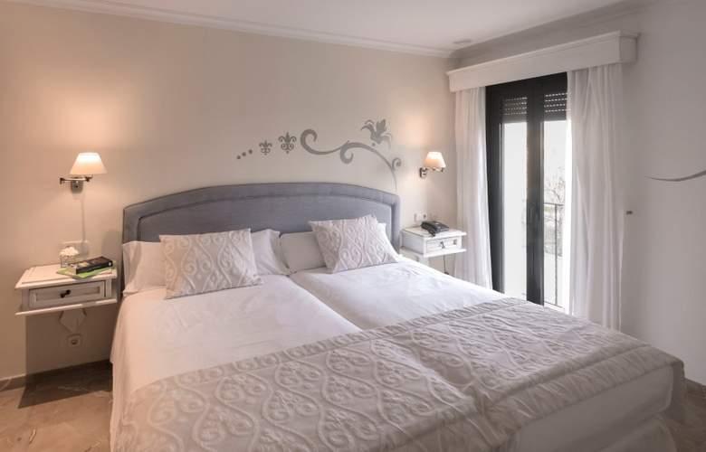 Galeon Suites - Room - 12