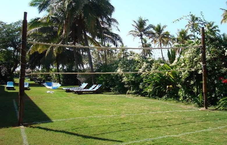 Coconut Grove - Hotel - 10
