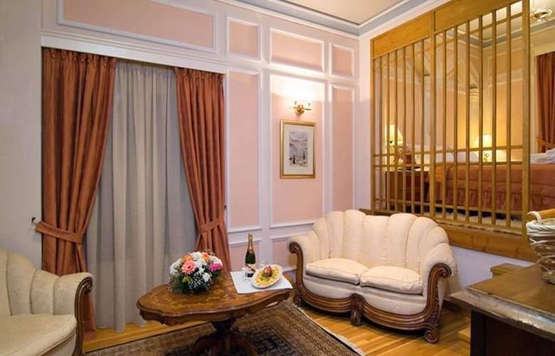 Delphi Palace - Room - 4