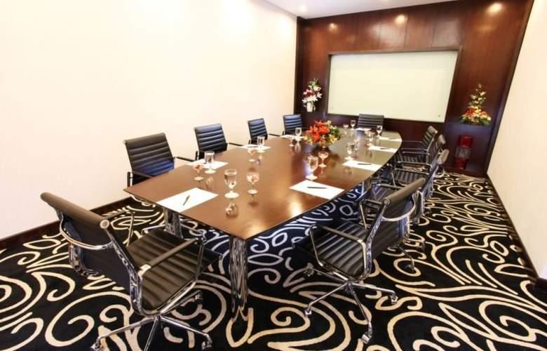 Swiss-Belhotel Ambon - Conference - 9