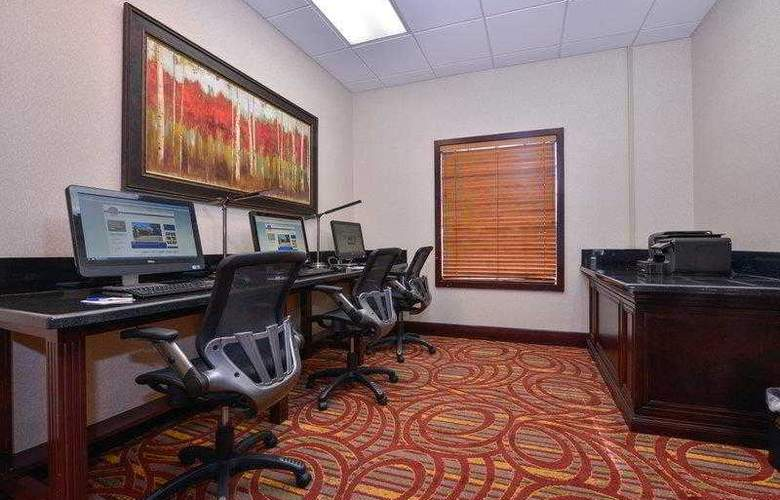Best Western Tucson Int'l Airport Hotel & Suites - Hotel - 19