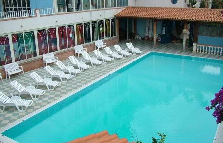 Oasi Azzurra Village - Pool - 4
