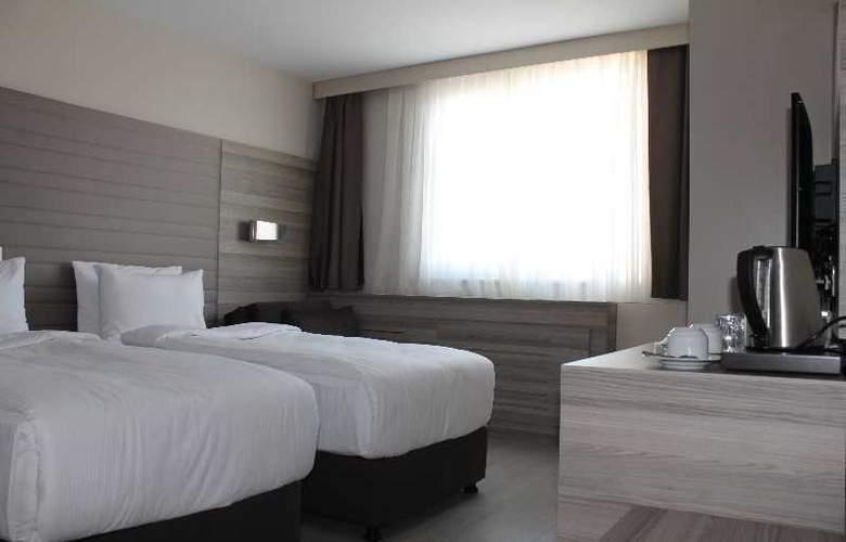 Comfort Beige - Room - 15