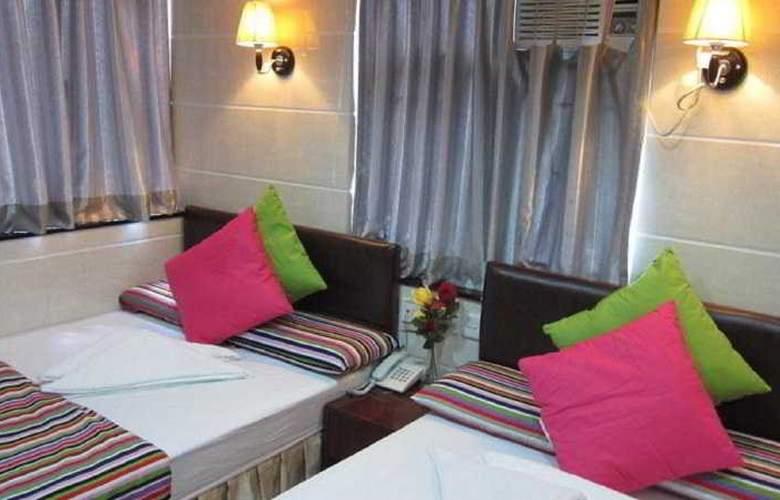 Ashoka Hostel - Room - 13