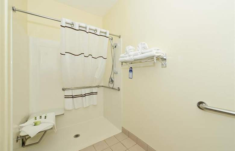 Best Western Plus Park Place Inn - Room - 110