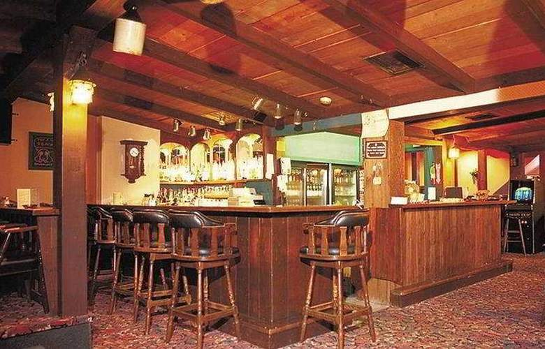 Canada Best Value Inn & Suites Charlottetown - Bar - 5