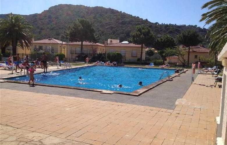 Agi Rescator Resort - Pool - 2