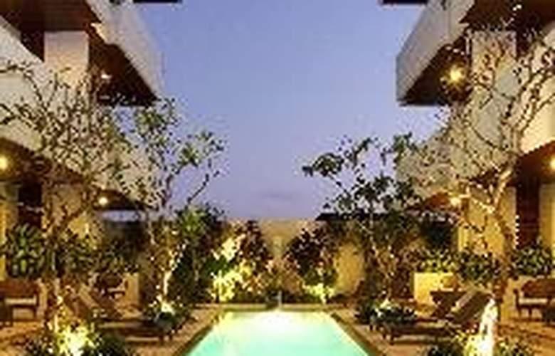 Sunset Mansion Bali - Pool - 6