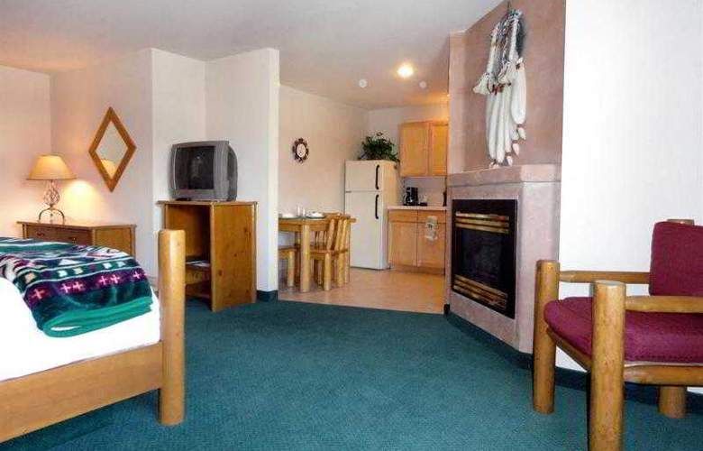 Best Western Plus Kentwood Lodge - Hotel - 50