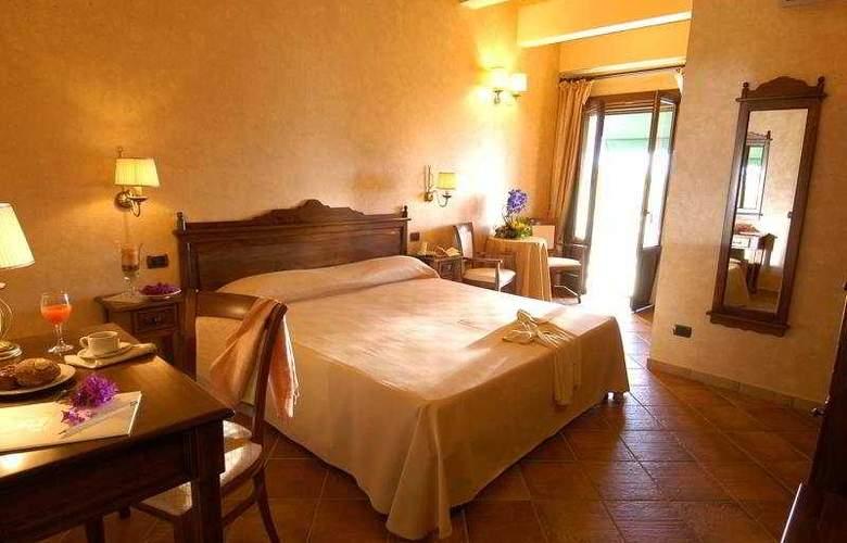 Il Podere Hotel Spa Restaurant - Room - 3