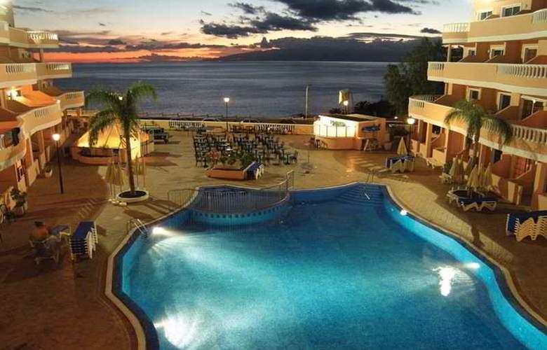 Hotel Bahia Flamingo - Pool - 4