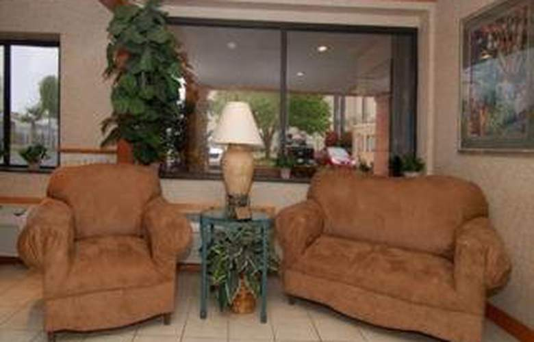 Comfort Inn & Suites Airport - General - 2