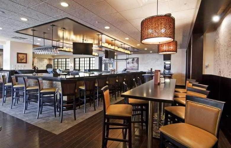 Best Western Premier Nicollet Inn - Bar - 34