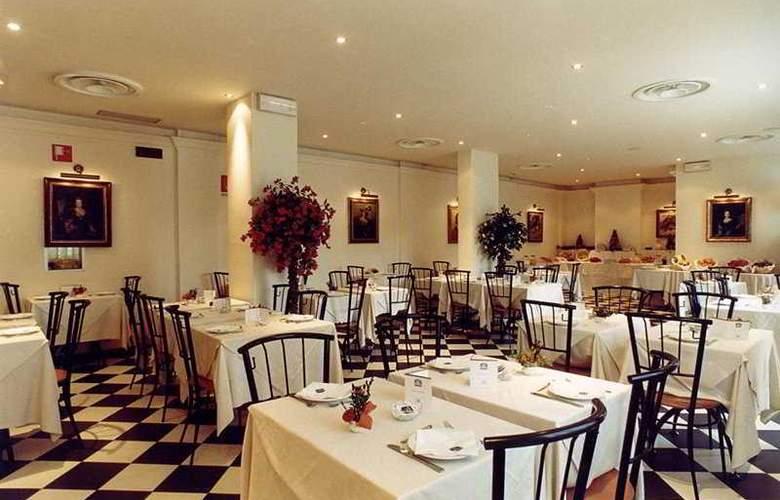 Palazzo dei Priori - Restaurant - 2