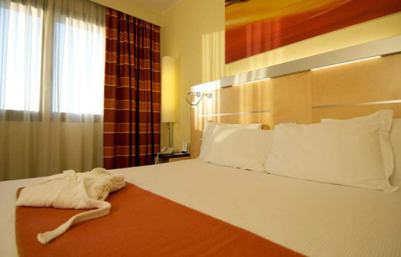 Best Western Palace Inn - Room - 2
