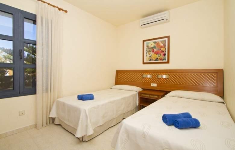 Sun Grove Villas - Room - 3