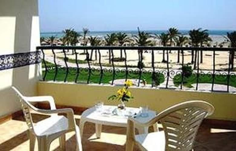 Harmony Makadi Bay Hotel and Resort - Terrace - 4