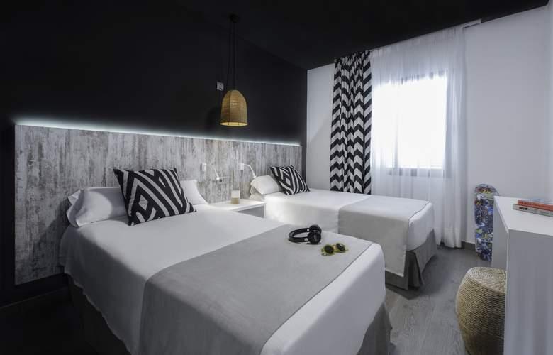 Playasol Mogambo - Room - 2