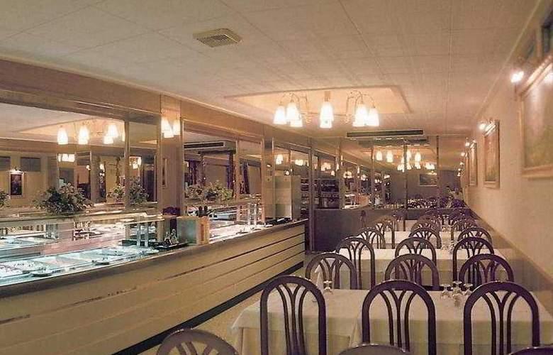 Continental Calella - Restaurant - 5