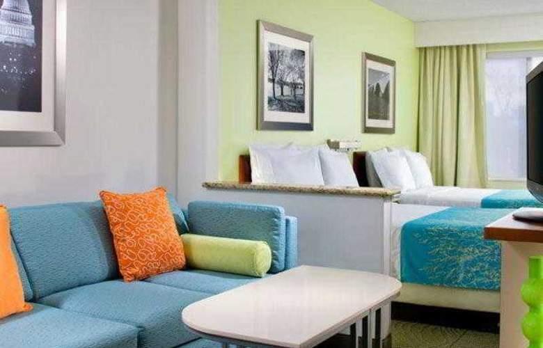 SpringHill Suites Herndon Reston - Hotel - 5