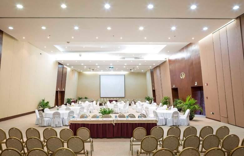 Grand Palladium Colonial Resort & Spa - Conference - 5