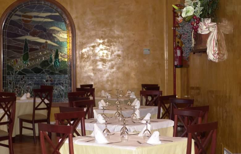 Dunas de Doñana Golf Resort - Restaurant - 27