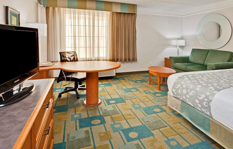 La Quinta Inn and Suites Orlando Convention Center - Room - 9