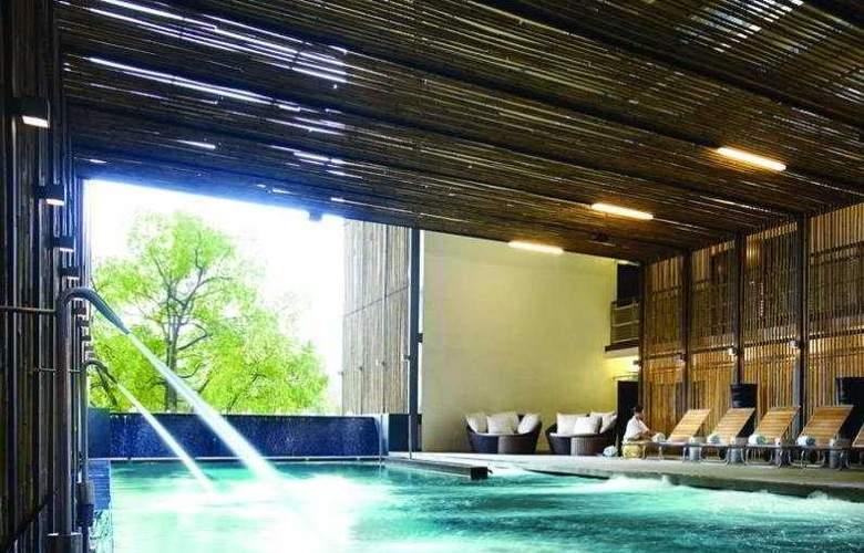 Maya Kuala Lumpur - Pool - 5