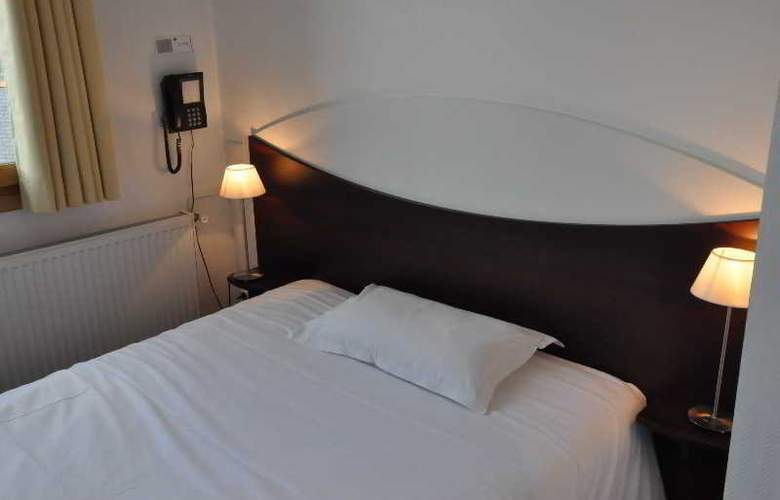 Le Lorient Hotel - Room - 5