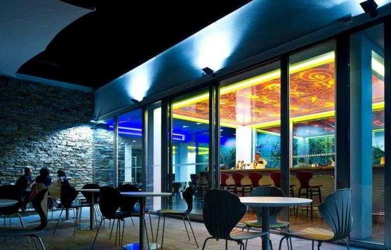 La Maddalena Hotel & Yacht Club - Terrace - 12