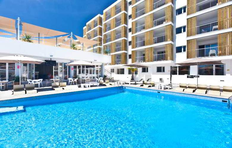 Ryans Ibiza Apartments - Pool - 9