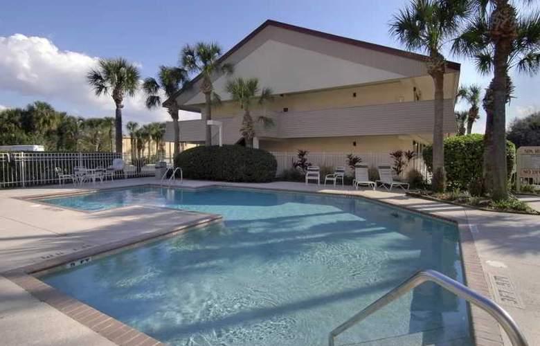 Midpointe Orlando Convention Center - Pool - 5
