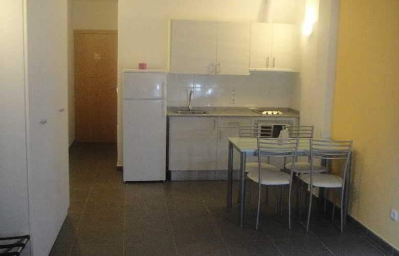 Hotel Boji - Room - 13