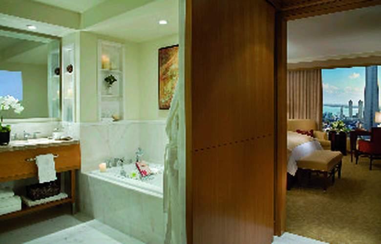 The Ritz Carlton Toronto - Room - 6