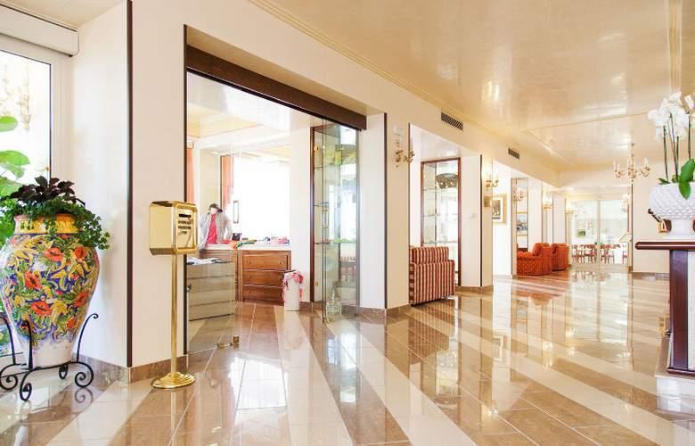 Diamond Resorts Naxos Taormina - General - 9