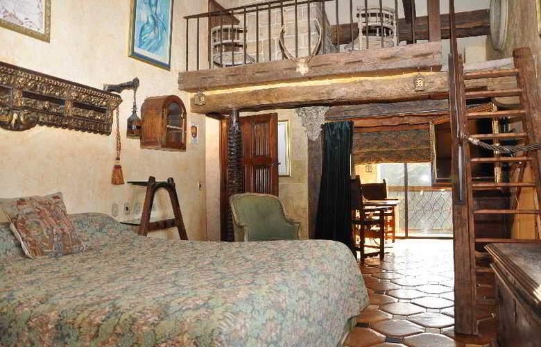 Château Hotel de la Vignette Haute - Room - 8
