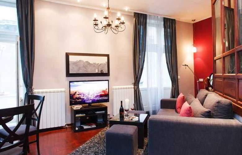 Romantic CENTRAL Apartment @ TERAZIJE SQUARE! - Hotel - 4