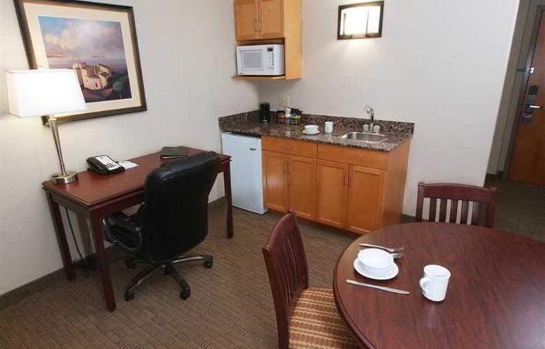 Best Western Pembina Inn & Suites - Hotel - 85