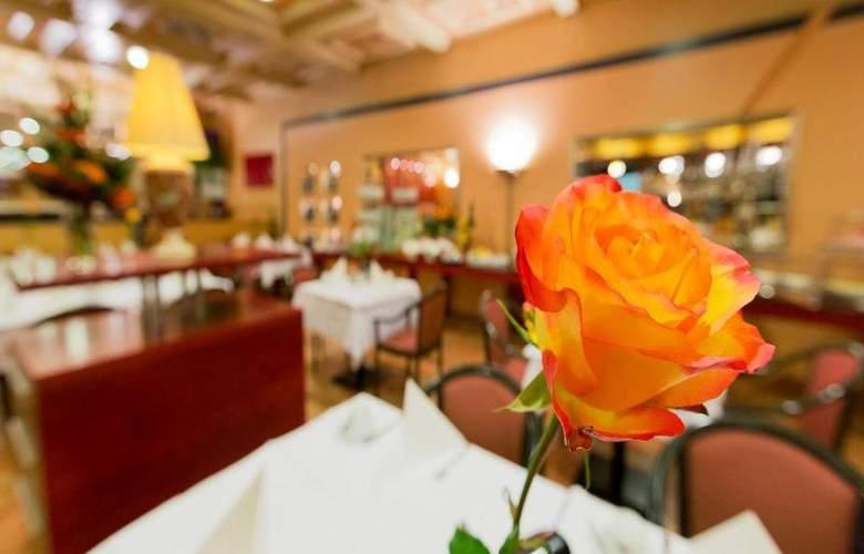 Vienna Sporthotel - Restaurant - 29