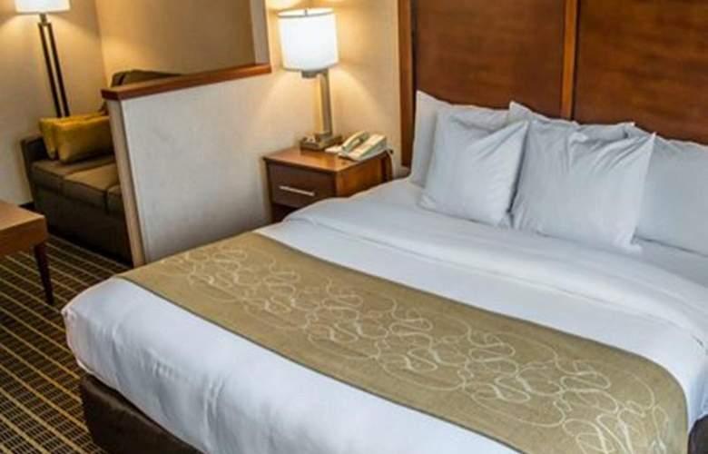 Quality Suites Southwest - Room - 24
