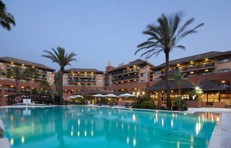 DoubleTree by Hilton Islantilla Beach Golf Resort - Pool - 3