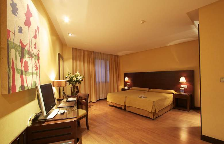 Occidental Granada - Room - 13