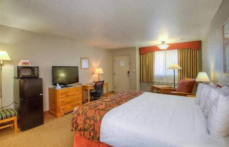Best Western Foothills Inn - Hotel - 47